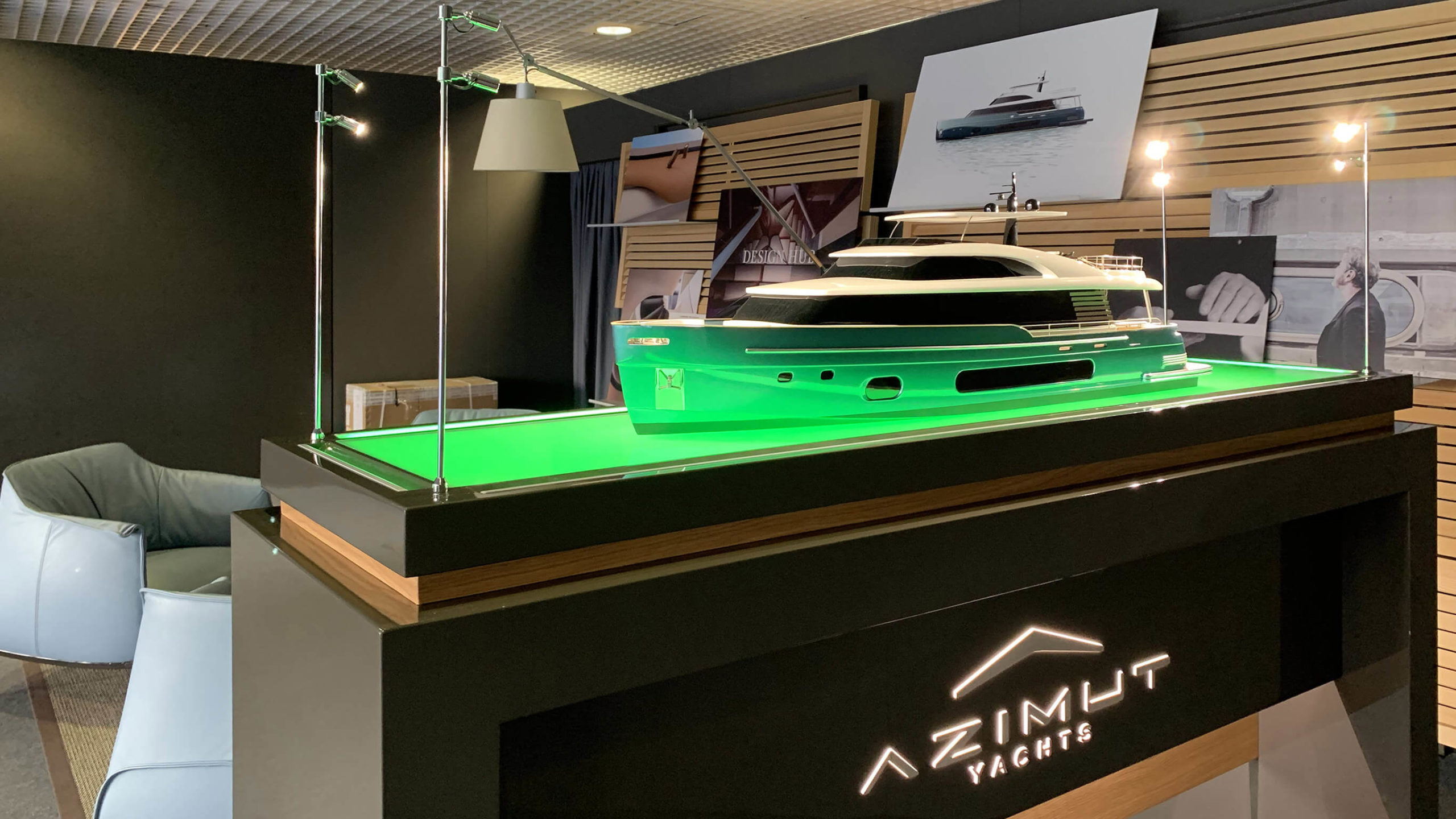 Evento Azimut Yachts al Cannes Yachting Festival 2019 con Superresolution